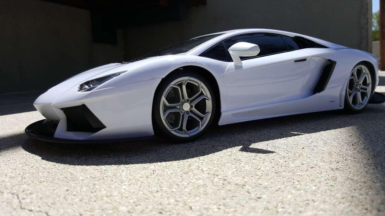 Ferrari Won't Make Electric Supercar Unless It Spearheads New Tech
